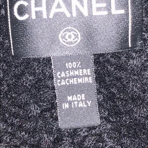 CHANEL Accessories - 100% Authentic CHANEL Cashmere Chain CC Scarf